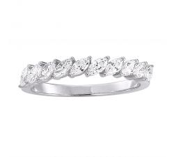 Alliance en or blanc et diamants
