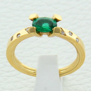 Bague Tara or jaune, émeraude et diamants