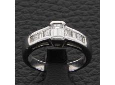 Solitaire accompagné diamant 0.92 carat